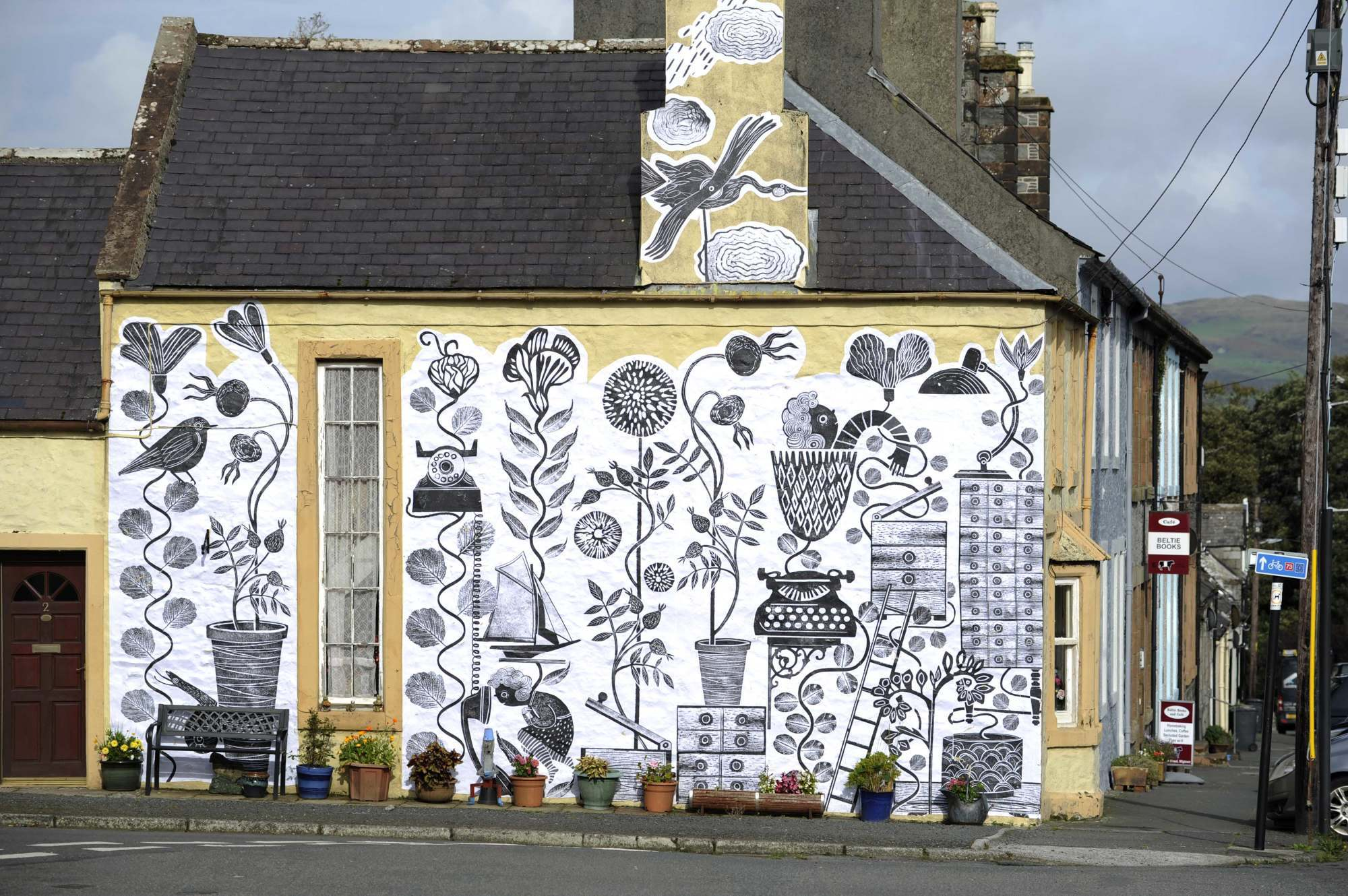 Free Wallpaper Murals At Wigtown Book Festival Med Res 11 8 2000 C